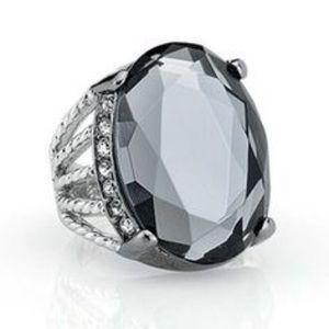 Lia Sophia Lunette ring size 7
